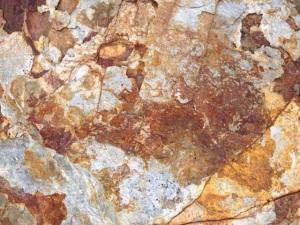 La belleza de la piedra, bajando a Alós d'Isil.