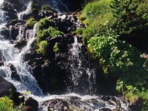 Cascada subiendo al Coll de la Cornella